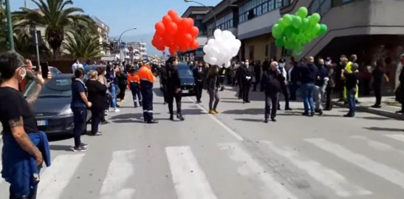 """""""Funerale del sindaco di Saviano, gente in strada anche a Baiano"""". La denuncia dei cittadini e del consigliere regionale Borrelli"""