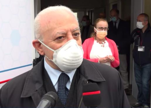"""L'Italia torna a viaggiare, De Luca: """"Adotteremo misure di prevenzione"""""""