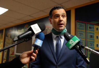 """VIDEO / """"La verità è quella che racconto io, non ascoltate le fake news"""". Notte """"brava"""", la versione del sindaco Festa"""