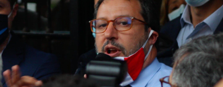 Salvini rinuncia a comizio a Mondragone a causa delle proteste