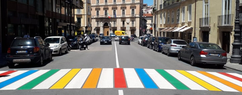 Strisce pedonali a colori: multato il Comune di Avellino