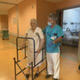 """VIDEO / Operata mercoledì al femore, oggi torna a casa la ultracentenaria nonna Iolanda di Forino: """"miracolo"""" al Moscati"""
