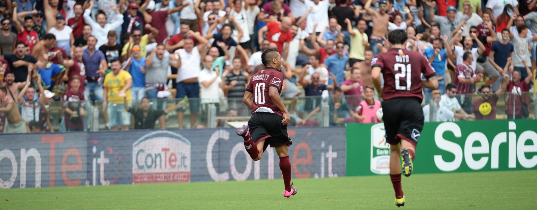 Calcio – La Salernitana urla tre volte: l'Avellino affonda nel derby. Rivivi il live