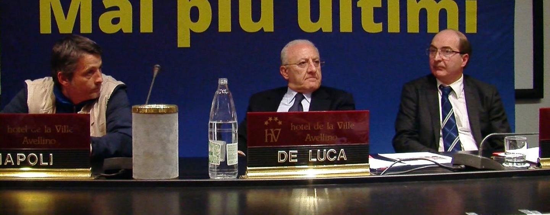 """Saiello e Cammarano (5S): """"Forestali ancora senza stipendio. Da De Luca solo annunci"""""""