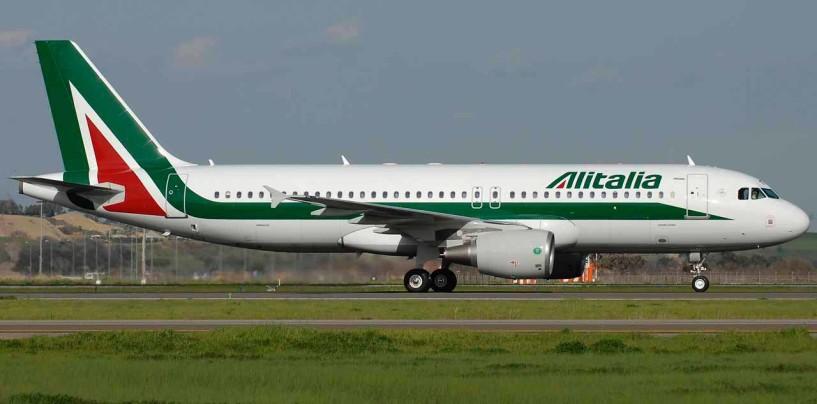 Chiusura aeroporto Linate, disagi per la consegna dei bagagli. Proteste all'aeroporto di Malpensa