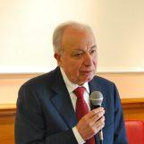 """Gestione rifiuti, De Luca: """"Fase di transizione, serve massima collaborazione"""""""