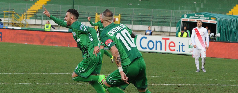 Calcio – Rimedia Insigne: l'Avellino rimonta il Bari. Rivivi il live