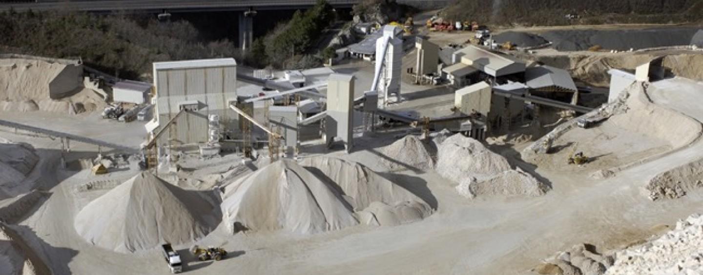 Calcestruzzi Irpini, Tar chiude la cava: rischiano 200 lavoratori