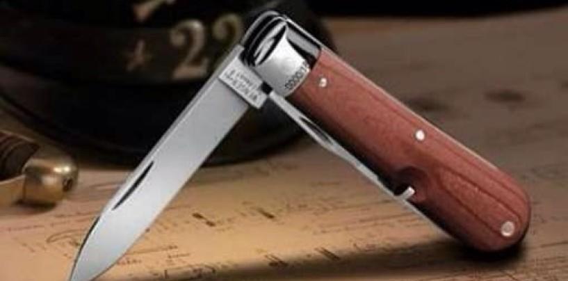 A scuola con il coltello a serramanico nello zaino, guai per un 15enne