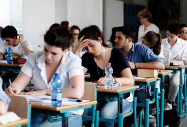 Verso la Maturità: è toto-tema, si riuniscono le commissioni d'esame