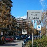 Avellino, incidente incrocio viale Italia: coinvolte due auto