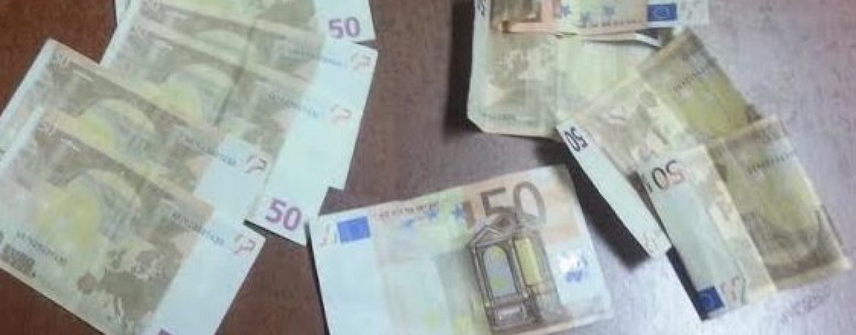 Spende al bar banconota da 50 euro contraffatta: denunciato 33enne