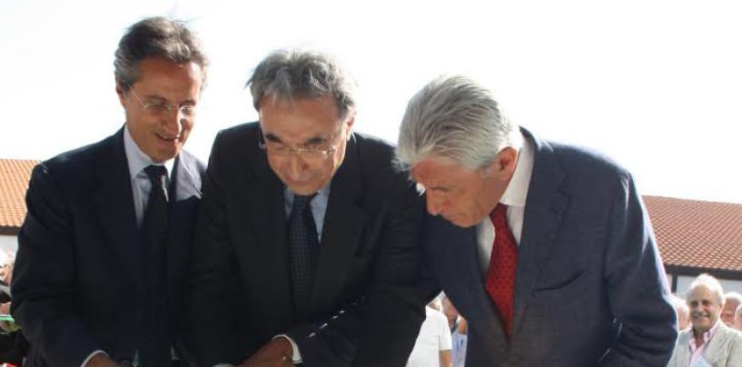 Biogem, Bassolino e Caldoro inaugurano le nuove strutture del centro di ricerca