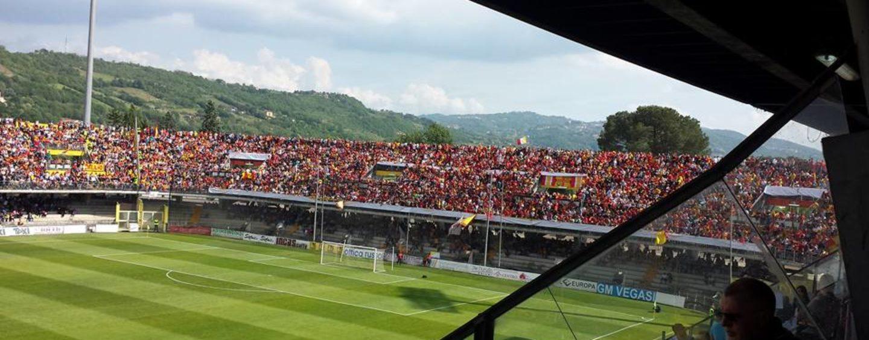 FOTO/ Calcio – Benevento in B per la prima volta: affossato il Lecce