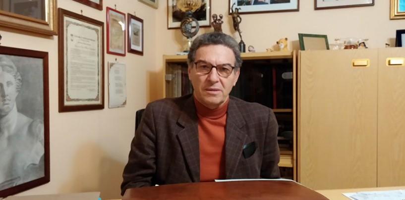Minacciato l'ex sindaco di Montoro Bianchino: foto della sorella morta sull'auto