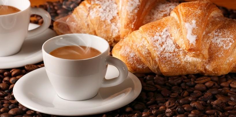 Caffè al bar? Un'abitudine a cui gli italiani non rinunciano