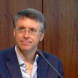 Cantone colpito da malore: ricoverato al Cardarelli