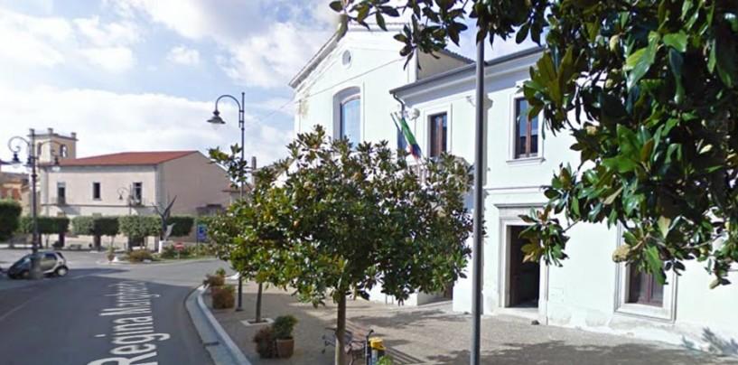 Ladri in azione a casa del sindaco di Castel Baronia Felice Martone