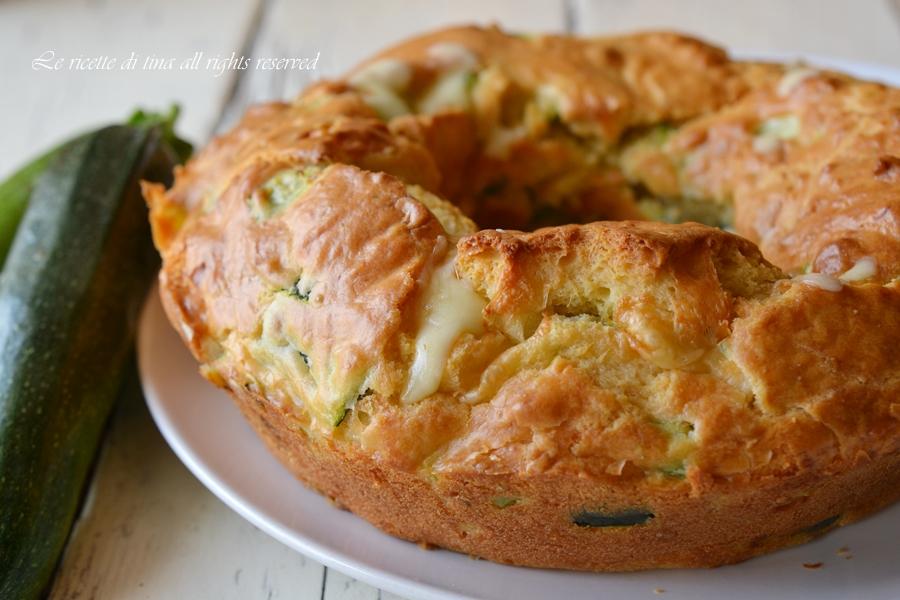 Ciambella salata con Ricotta, Zucchine e Prosciutto ...