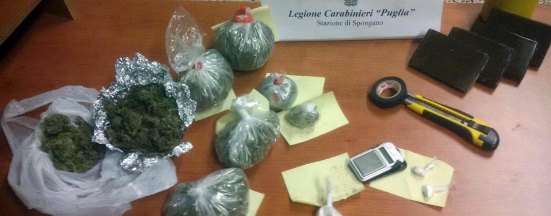 Coca, hashish ed erba nell'appartamento, arrestato irpino a Lecce
