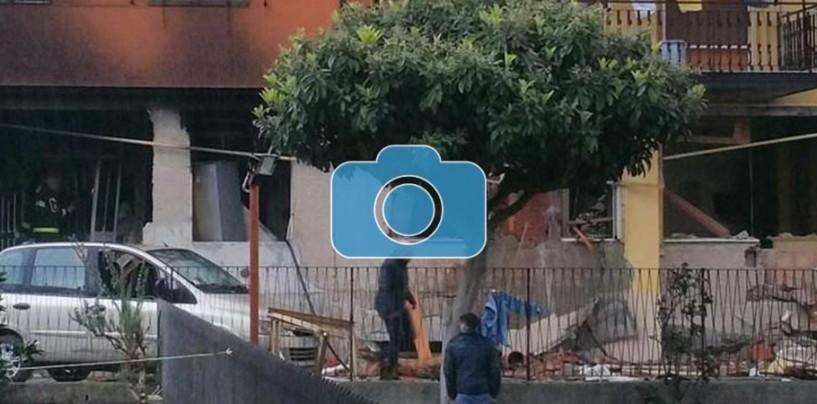 FOTO/ Montoro, fuga di gas in casa: esplode appartamento