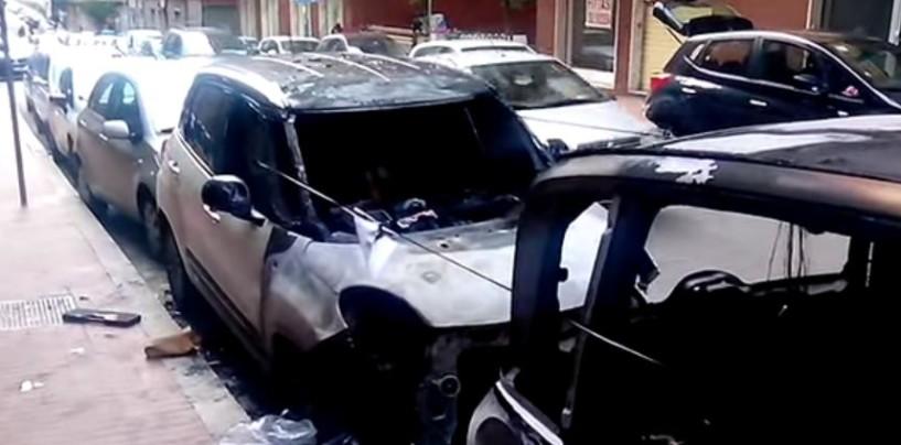 Avellino, auto in fiamme nella notte: distrutte due vetture