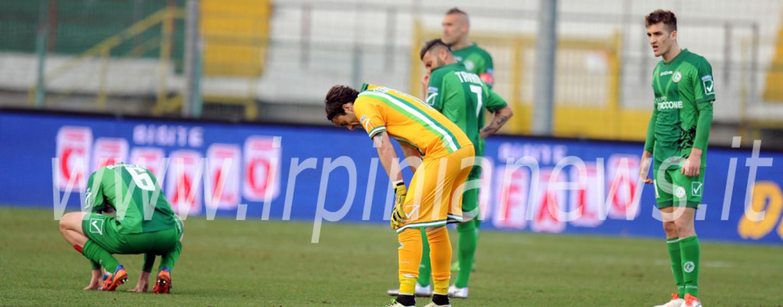 Lo Spezia spegne la luce: Avellino bocciato all'esame play-off. Rivivi il live