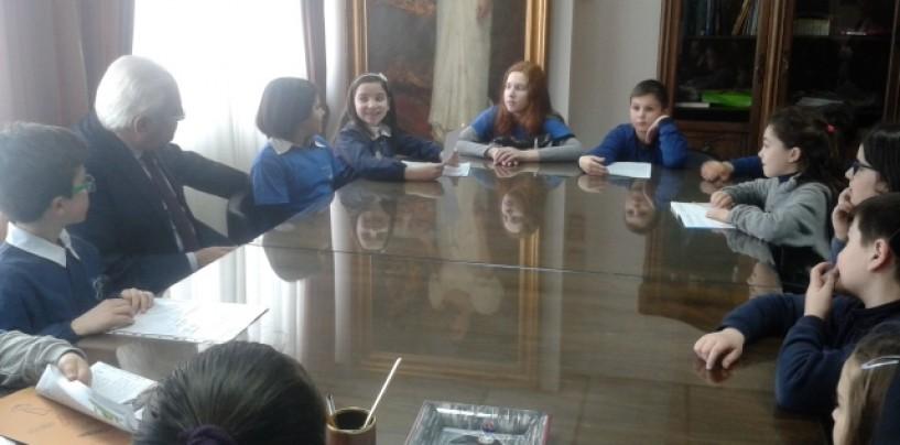 Avellino, gli studenti del 5° Circolo in visita al Comune