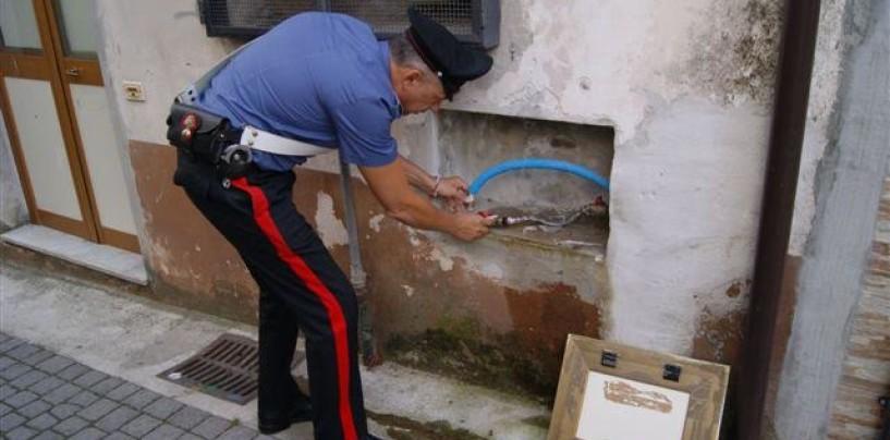 Furto di acqua e ricettazione: nei guai sette persone