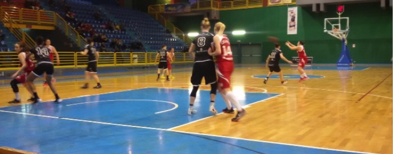 Basket, Ariano chiude la stagione: La Spezia vince anche in Irpinia