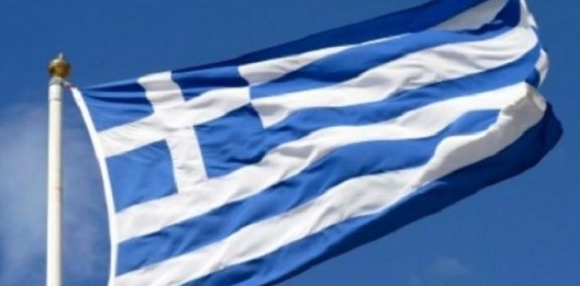 Avellino scende in piazza al fianco della Grecia