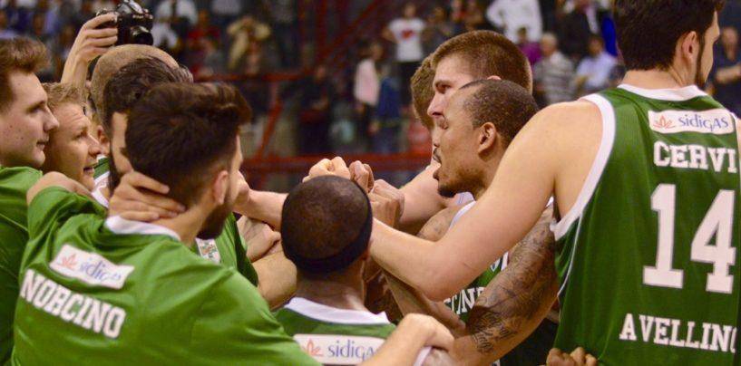 Sidigas Avellino, Nunnally allo scadere regala la semifinale ai lupi. E' tripudio biancoverde