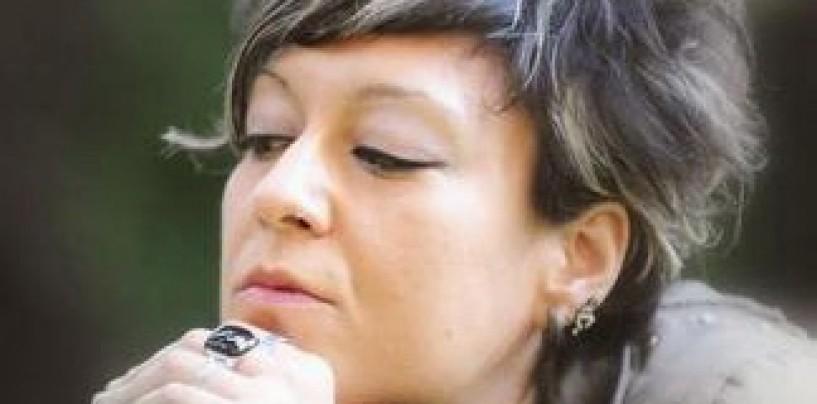 Le canzoni di Angela Ruggiero per i degenti dell'Hospice di Solofra