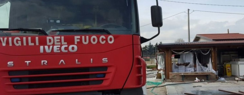 Benevento, incendio all'interno di un cantiere: si indaga