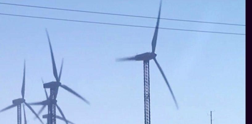 Brucia una pala eolica a Lacedonia, indagano gli inquirenti