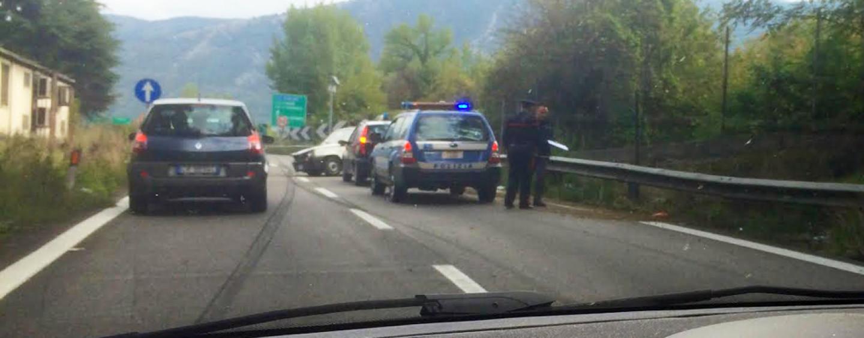 Incidente sul Raccordo. Traffico in tilt in galleria tra Solofra e Serino