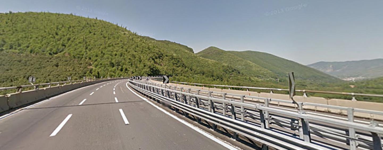 Sequestro delle barriere sull'A16, Autostrade non si presenta al Riesame