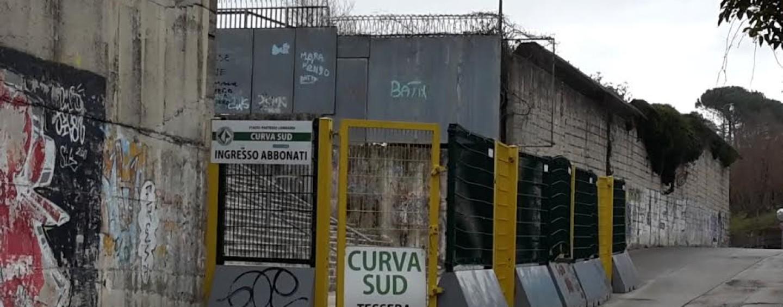 Avellino Calcio – Allo stadio con fumogeni e senza biglietto: una denuncia e sei sanzioni