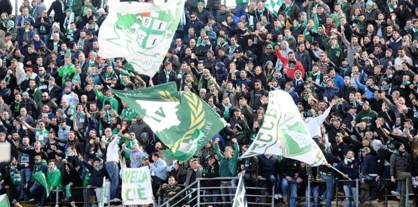 Livorno, le info sulla prevendita. A febbraio Trotta gol e lo show dei 2.000 nel settore
