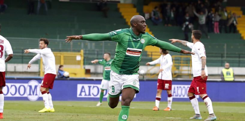 Calcio – Urlo Mokulu sul Livorno: l'Avellino torna a volare. Rivivi il live