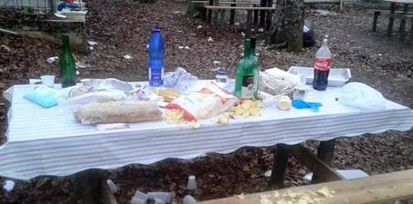 Pasquetta, il day-after: boschi e aree picnic in Irpinia invase dai rifiuti