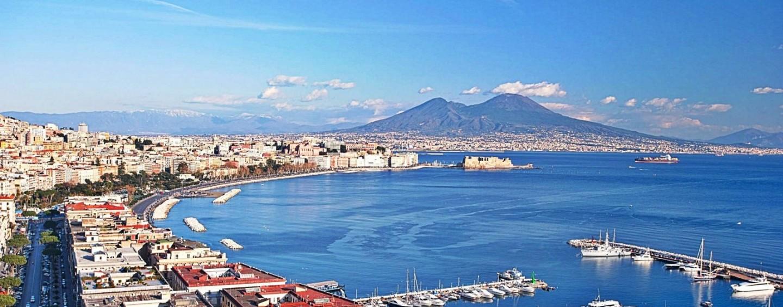 Turismo e vacanze in Italia al top: Napoli tra le città più amate dagli stranieri
