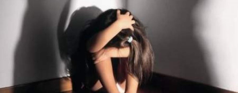 Per anni violenta le tre nipoti, nonno di 71 anni ai domiciliari