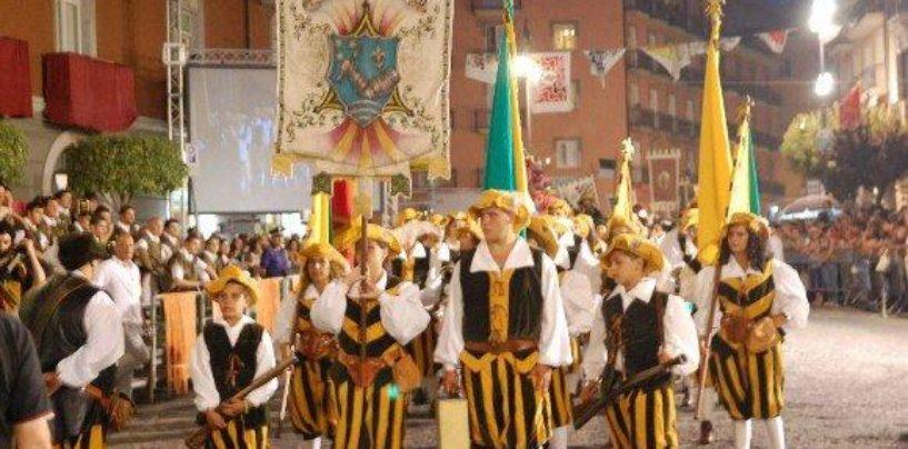 """Torna lo storico """"Palio della Botte"""", dal 10 al 12 agosto la sfida tra le Contrade di Avellino"""