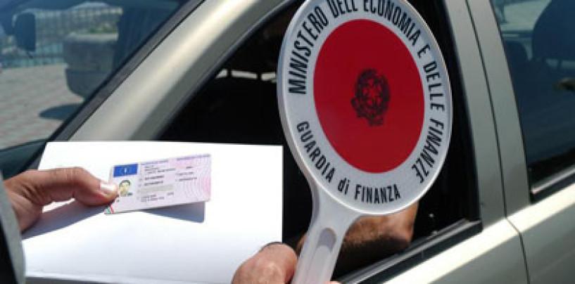 Guida con patente revocata: 45 enne denunciato dai Carabinieri