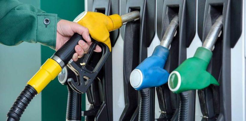 Prezzo del carburante truccato, stangata delle Fiamme Gialle ai distributori di benzina