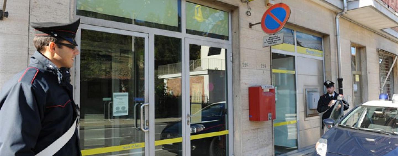 Arancia meccanica alle Poste di Sperone: ladri in fuga con 15mila euro.