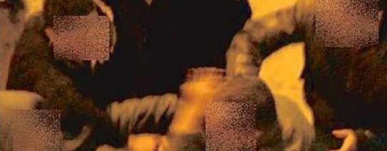 Ubriaco si scaglia contro i Carabinieri, fermato solo dallo spray al peperoncino