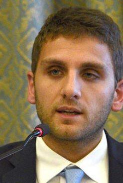 Inchiesta corruzione, De Luca jr lascia l'incarico di assessore