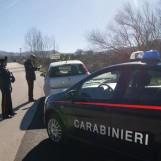 In auto con pistola e munizioni, arrestato 54enne a Conza della Campania